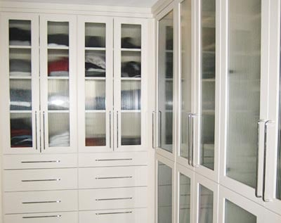 how to deal with odd shaped spaces in closet design