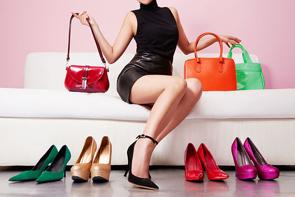 how to organize shoes and purses