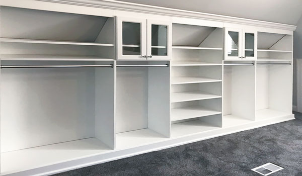 pull-out shelf with slides