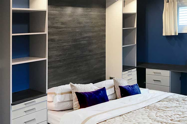 Blue color scheme for bedroom with Murphy bed sysytem