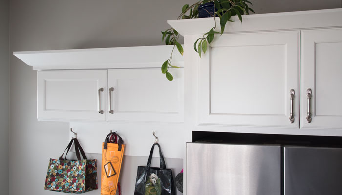 contemporary crown molding to match existing kitchen cabinetry