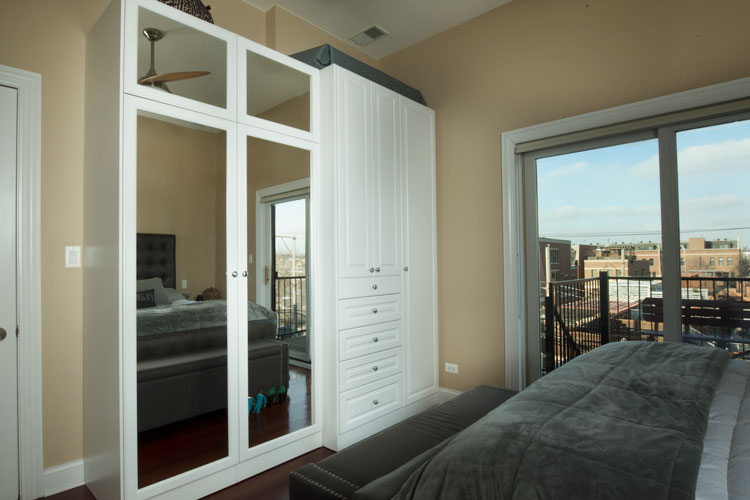 luxurious wardrobe closet for bedroom