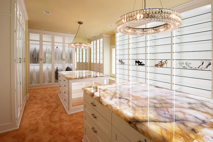 Walkin closet organization system with custom LED lighting system